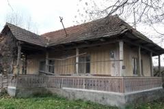 casa veche din Preluci