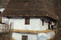 casa veche din Rastoci